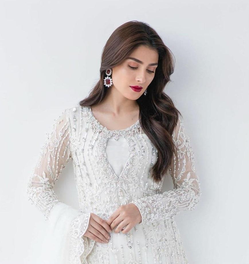 Ayeza Khan 3 5