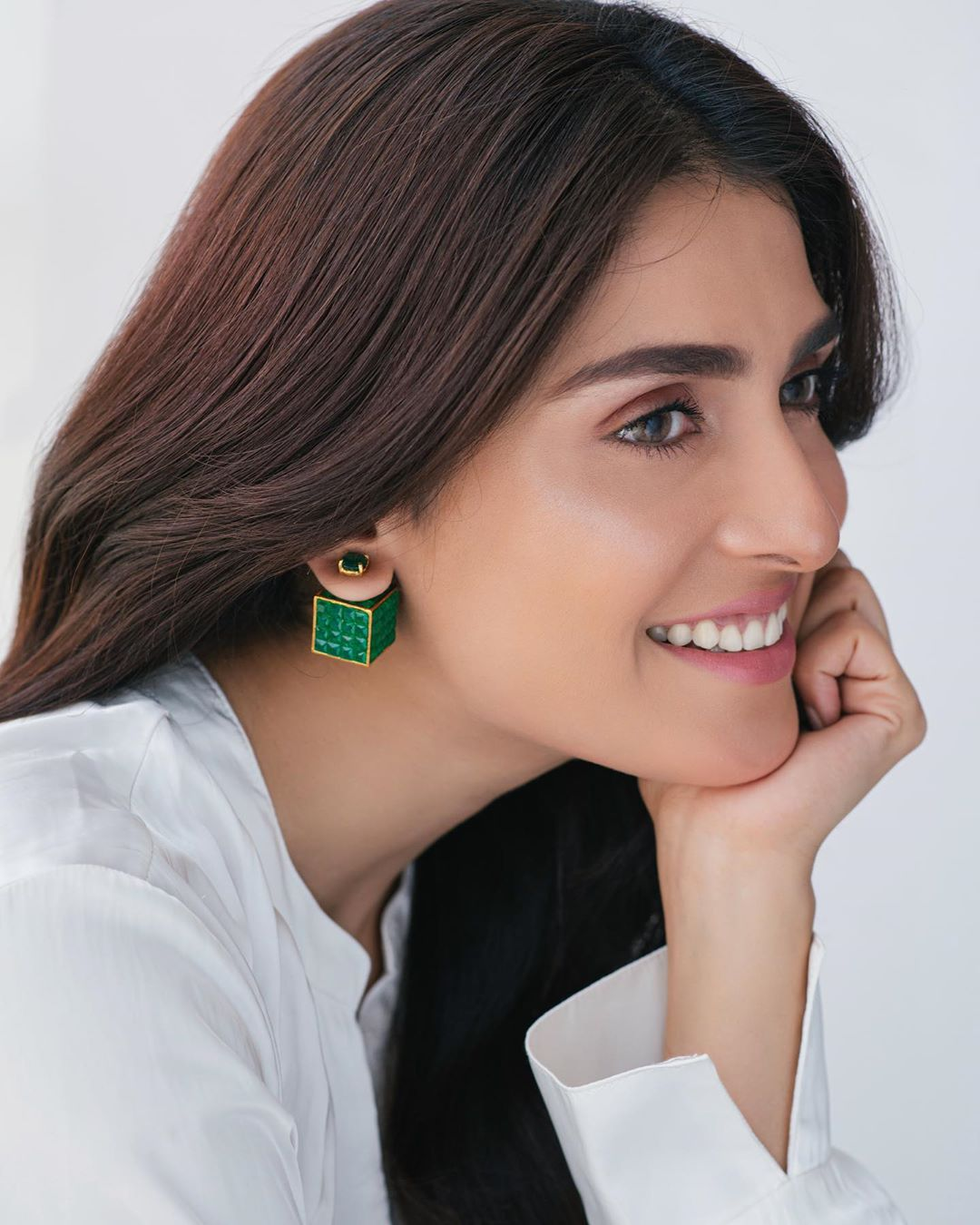 Beautiful Pictures Collection of Ayeza Khan Latest Clicks