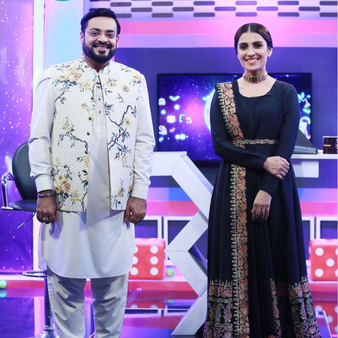 Ayeza Khan is Looking Gorgeous in Jeeeway Pakistan Show