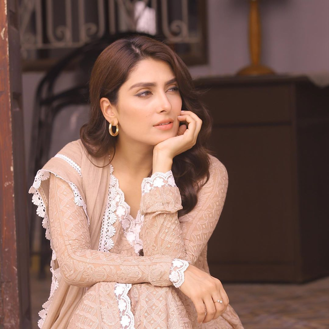 Ayeza Khan and Danish Taimoor - 15 Lovely Pictures