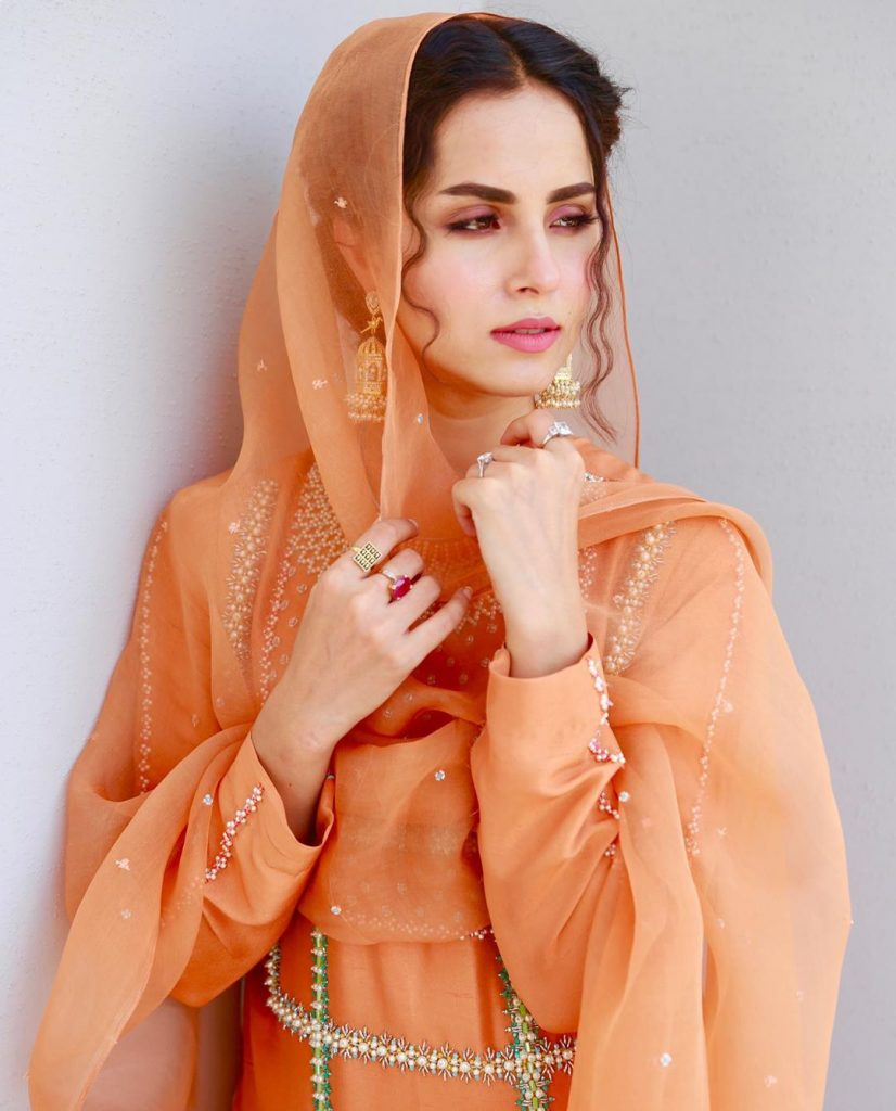 Did Nimra Khan Steal Someone's Voice