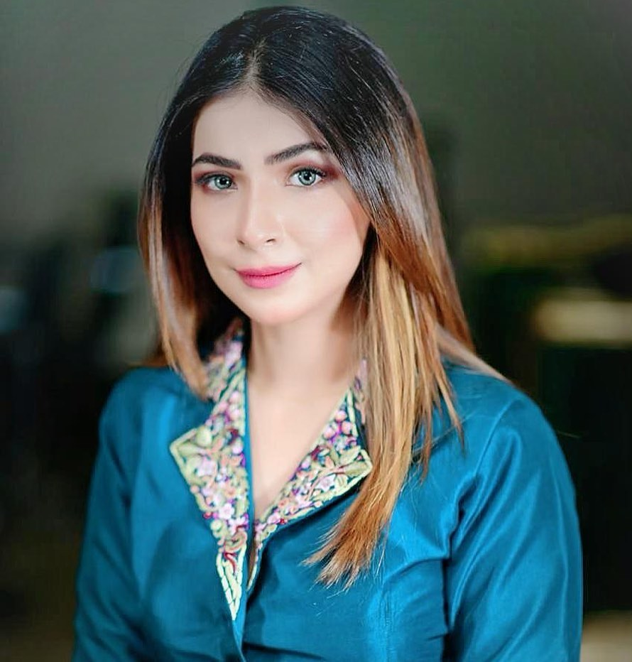 Dua Malick Sings In Her Magical Voice