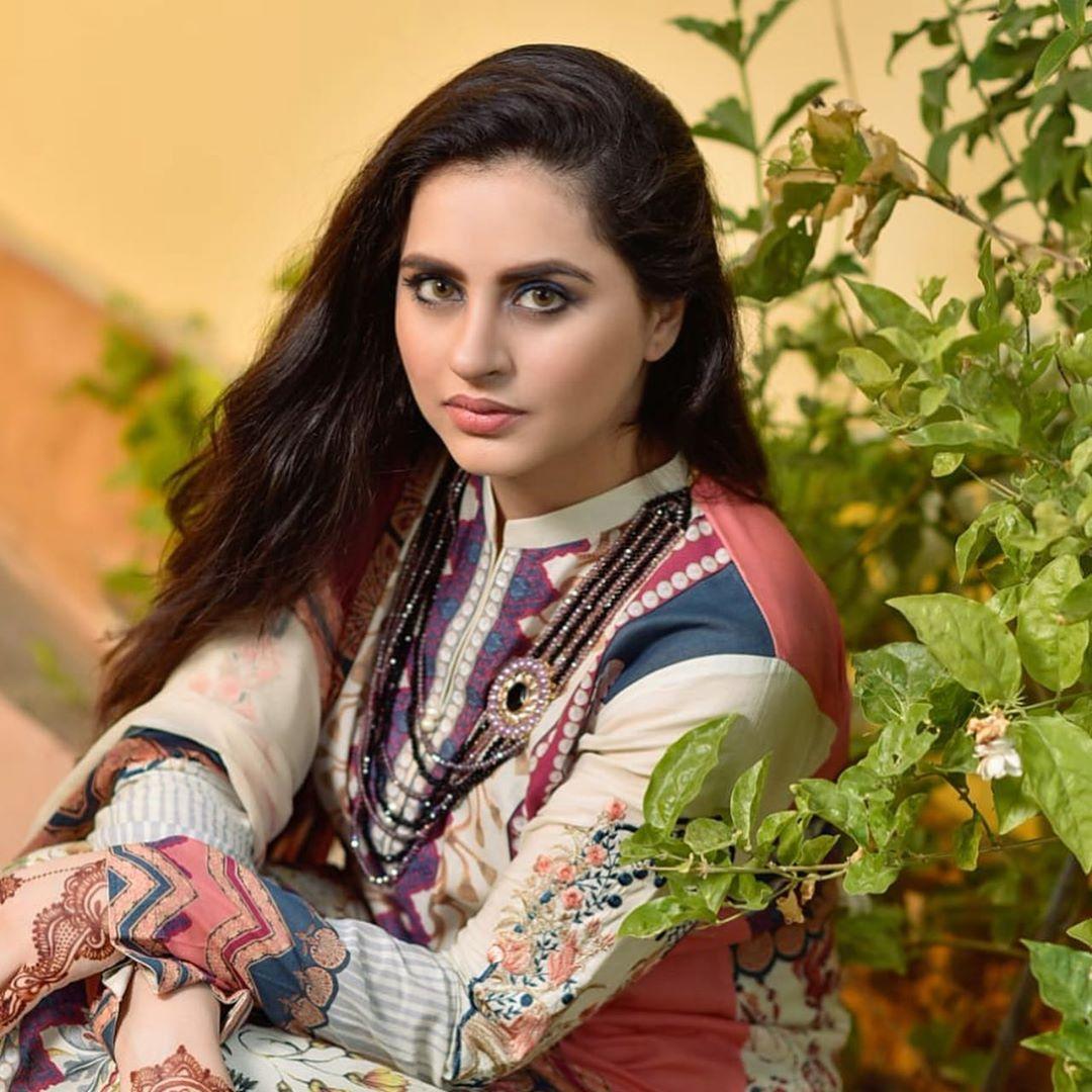 Fatima Effendi and Kanwar Arsalan Beautiful Clicks wih Kids