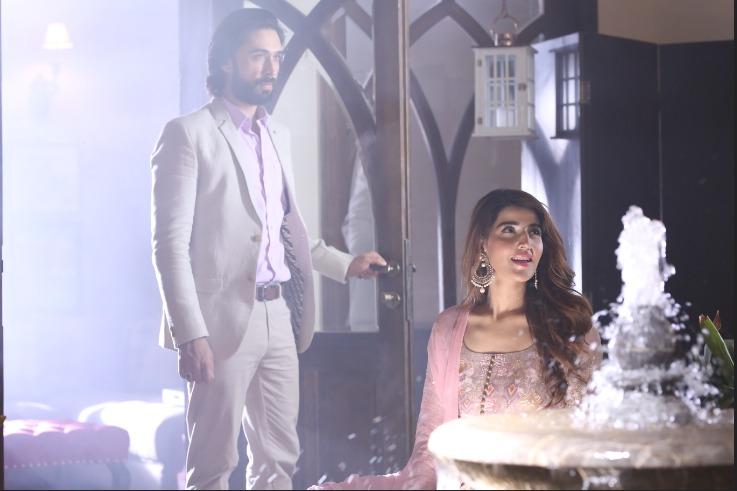 Hareem Farooq And Ali Rehman Khan27s Starrer Main Khayal Hoon Kisi Aur Ka Beats Salman Khan27s Dus Ka Dum In UK Ratings 01