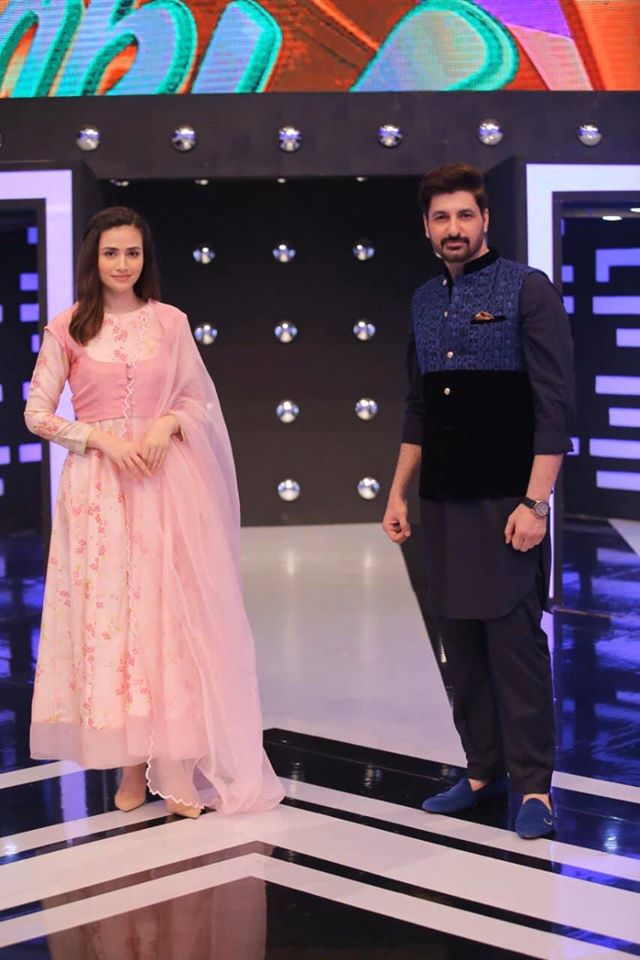 Sana Javed, Saboor Ali and Syed Jibran in Jeeto Pakistan Ramazan Special