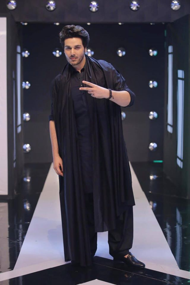 Ahsan Khan and Minal Khan Pictures from Jeeto Pakistan League