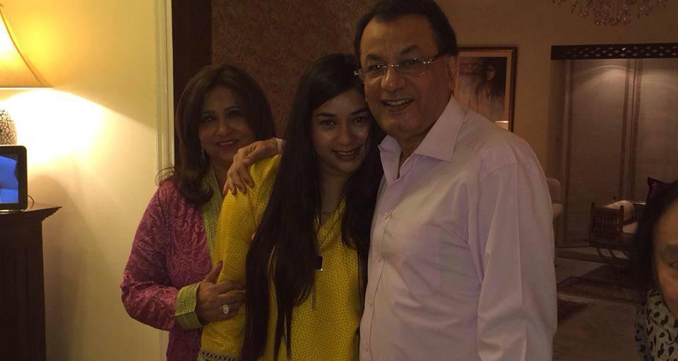 Komal Rizvi Family 5