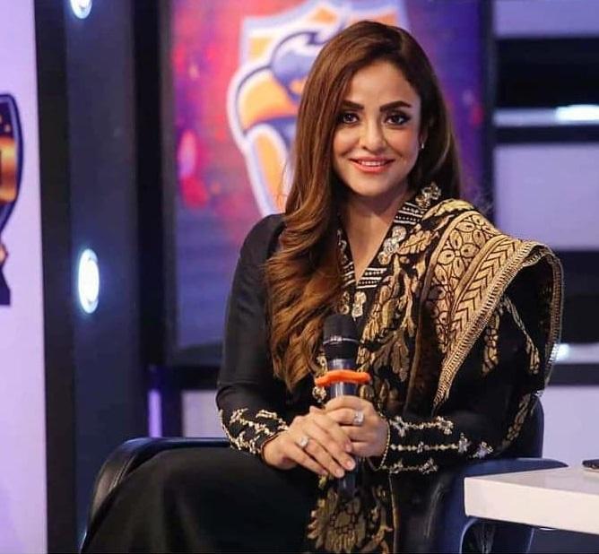 Nadia Khan 2 1