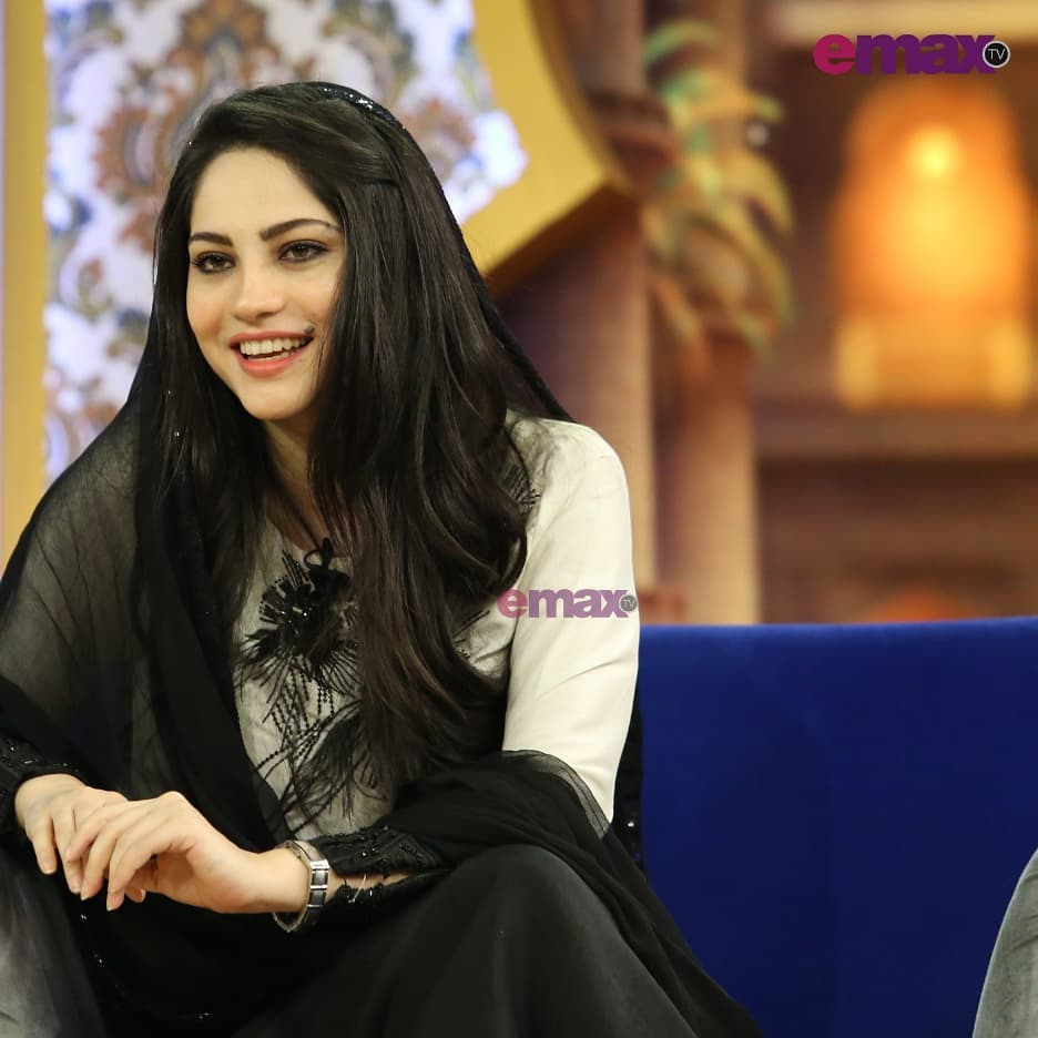 Neelam Muneer Clicks from Baran e Rehmat with Reema Khan