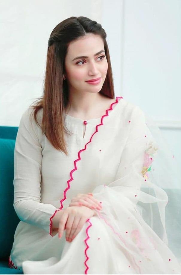 Sana Javed 1 3