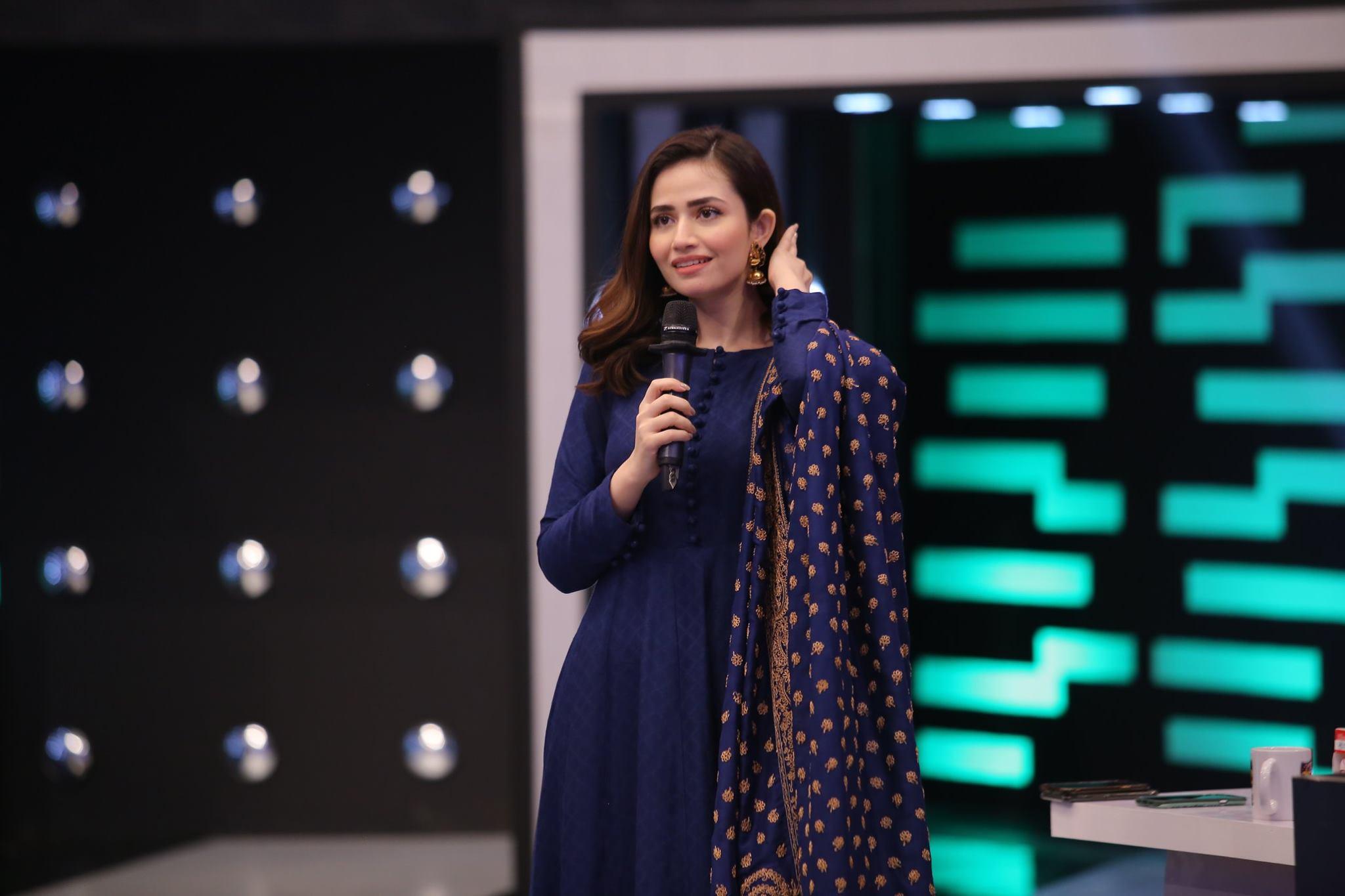 Sana Javed Beautiful Clicks from Jeeto Pakistan League