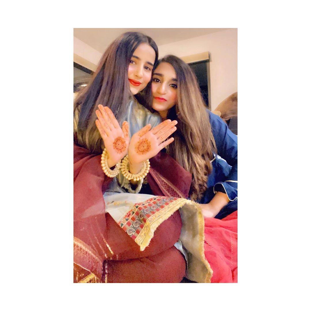 Saniya Shamshad Beautiful Pictures With Her Husband