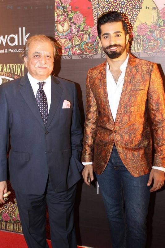 Sheheryar Munawar father 533x800 1