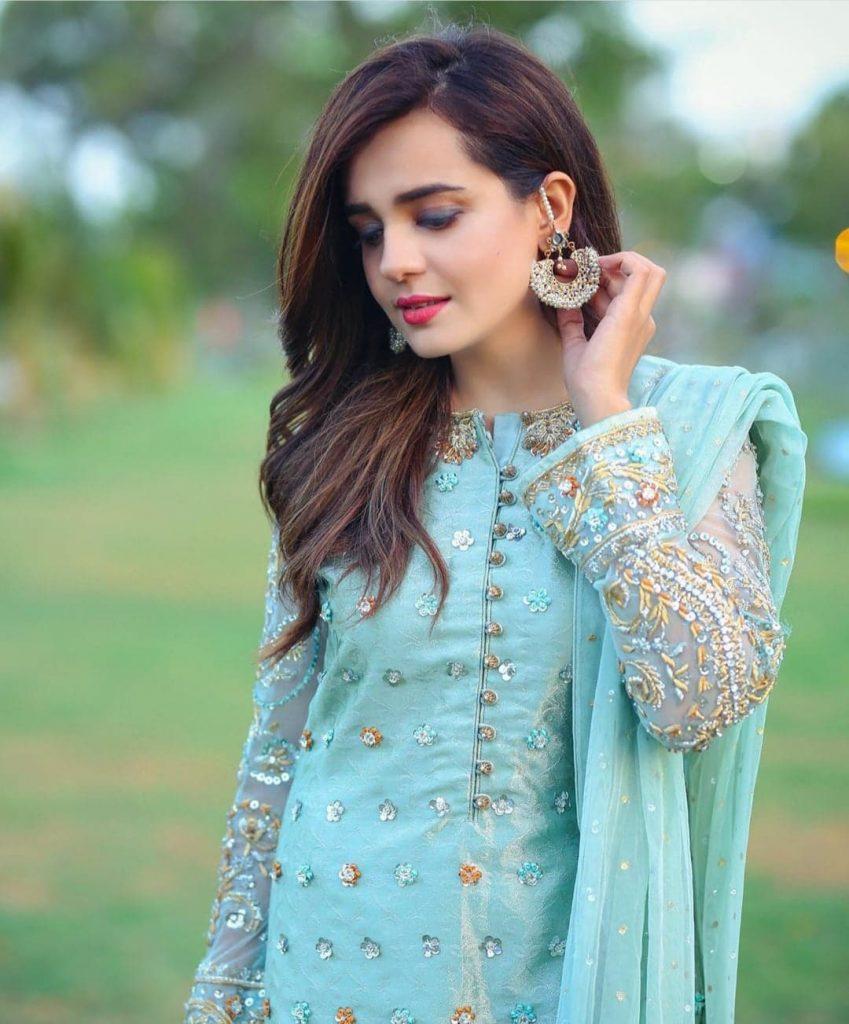 Mantasha Kiani Names & Blames Sumbul Iqbal Khan For Snatching Away Her Father