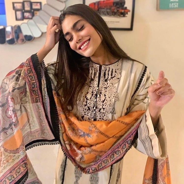 Zara Abid Lost Her Life In Plane Crash