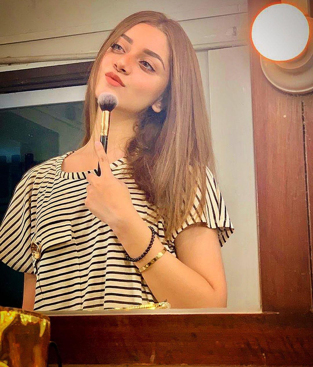 Actress Alizeh Shah Celebrates Birthday of her Friend Noman Sami