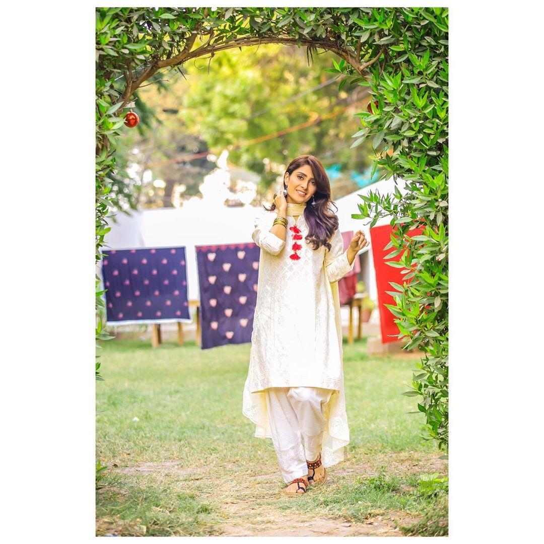 5 Times Ayeza Khan Gave Us True Traditional Fashion Goals