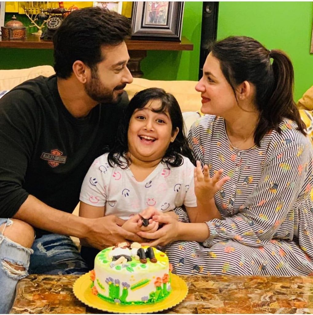 Lovely Pictures of Veteran Actor Faisal Qureshi with His Daughters