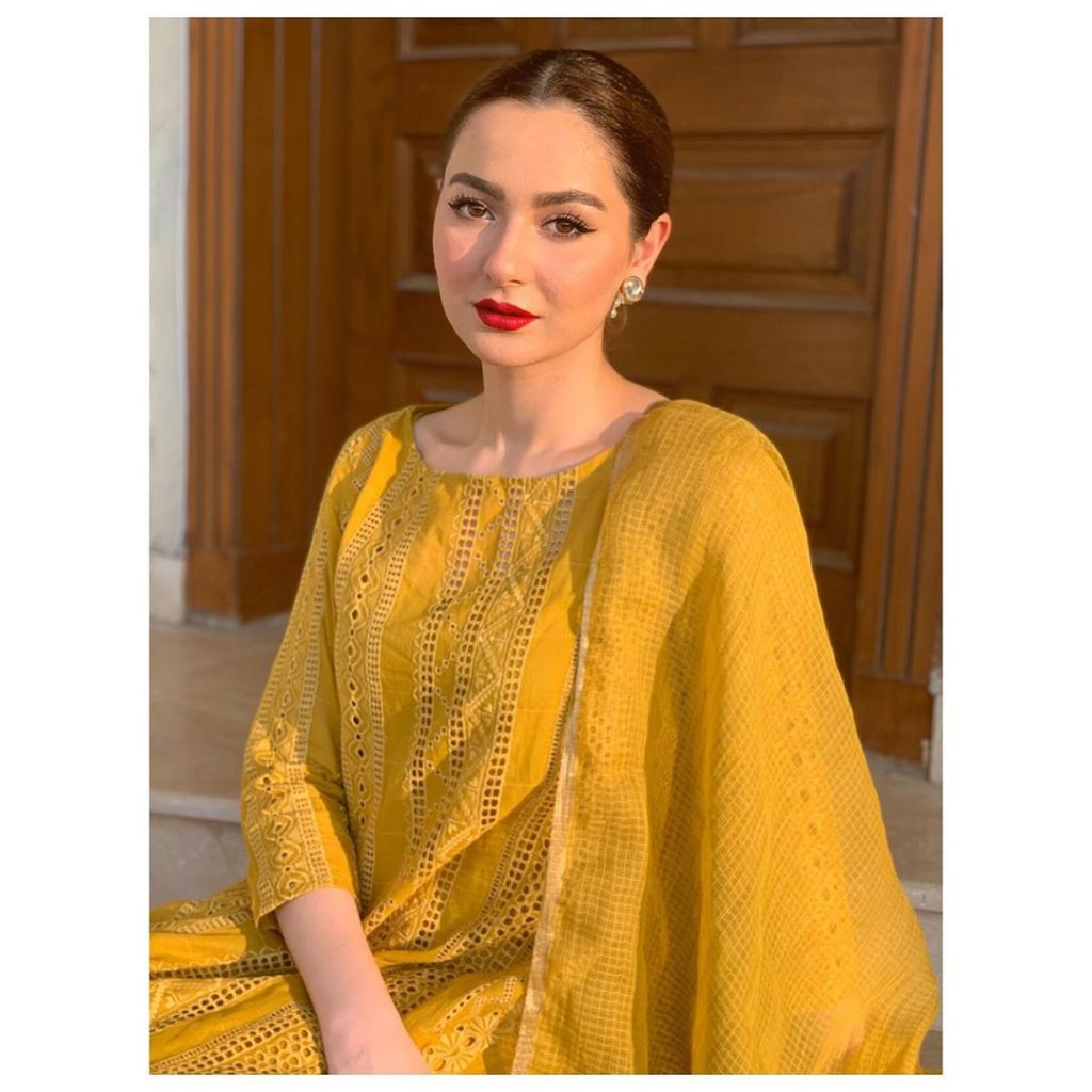 30 Times Hania Aamir Carried the Desi Look Flawlessly!
