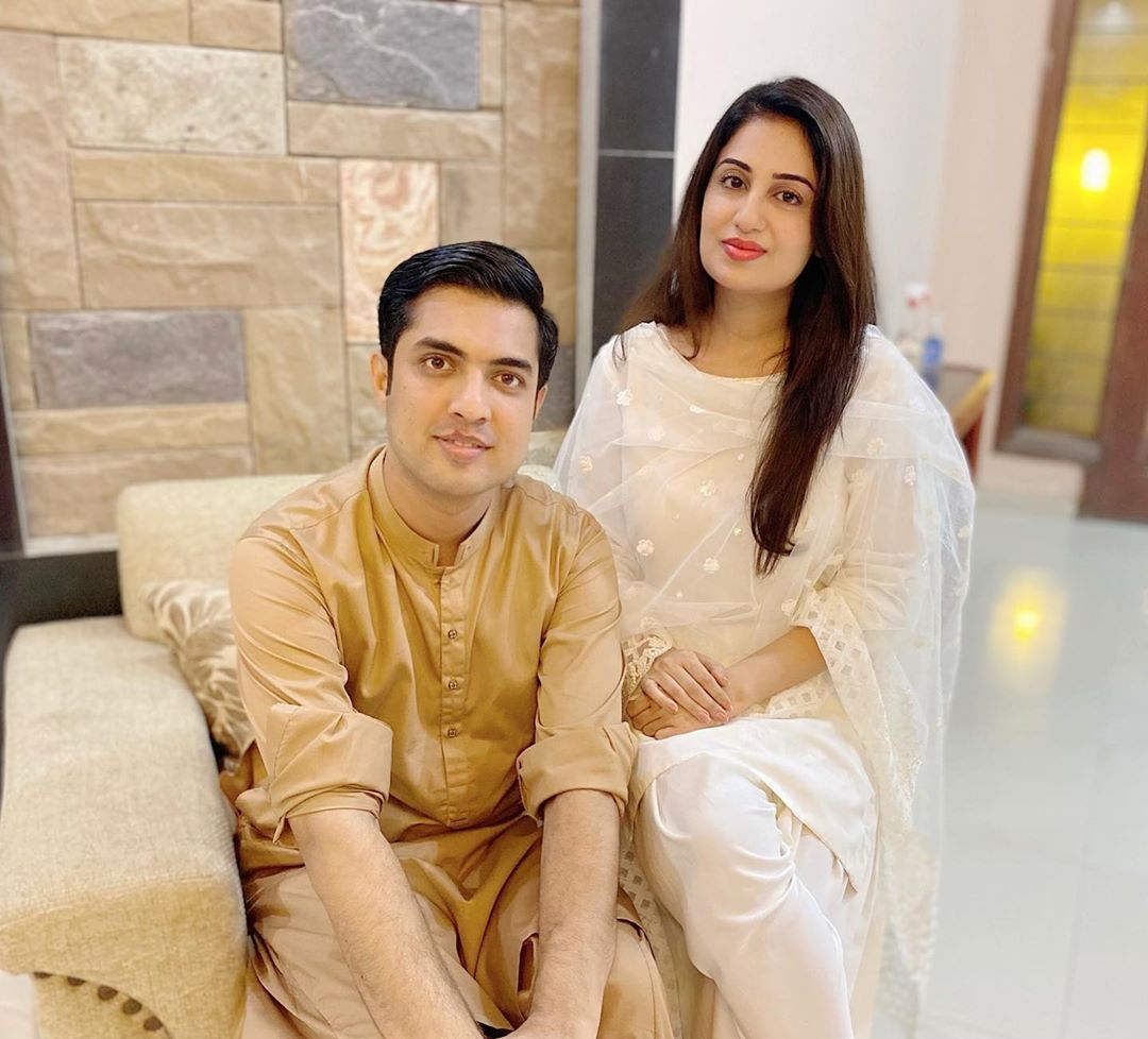 Iqrar ul Hassan Latest Beautiful Clicks with his Family