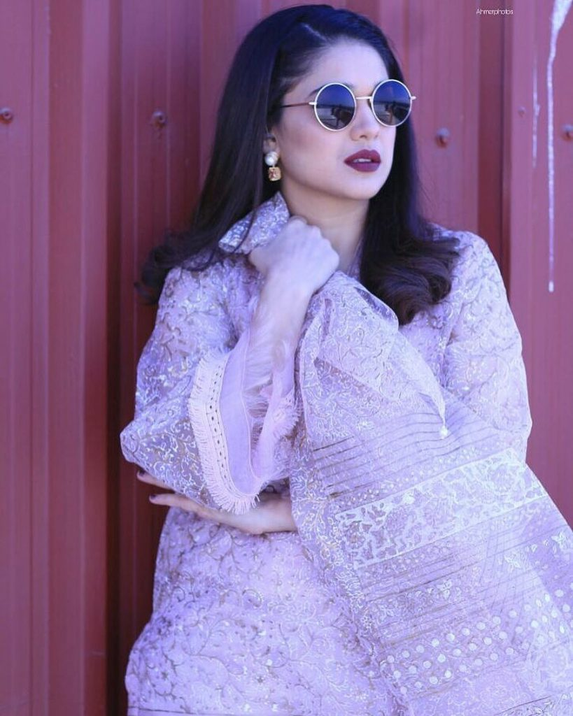 25 Fabulous Hairstyles of Sanam Jung You Can Use This Eid