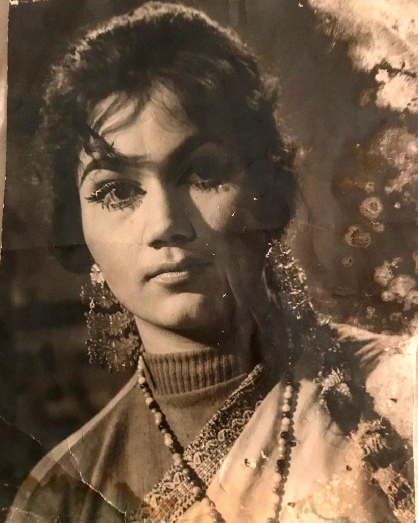 Old Pictures of Usman Mukhtar