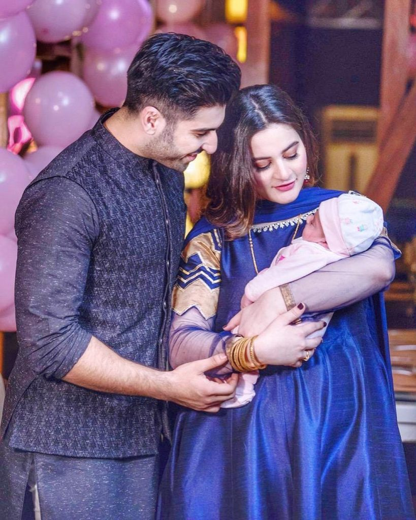 Adorable Pictures of Aiman Khan With Her Daughter