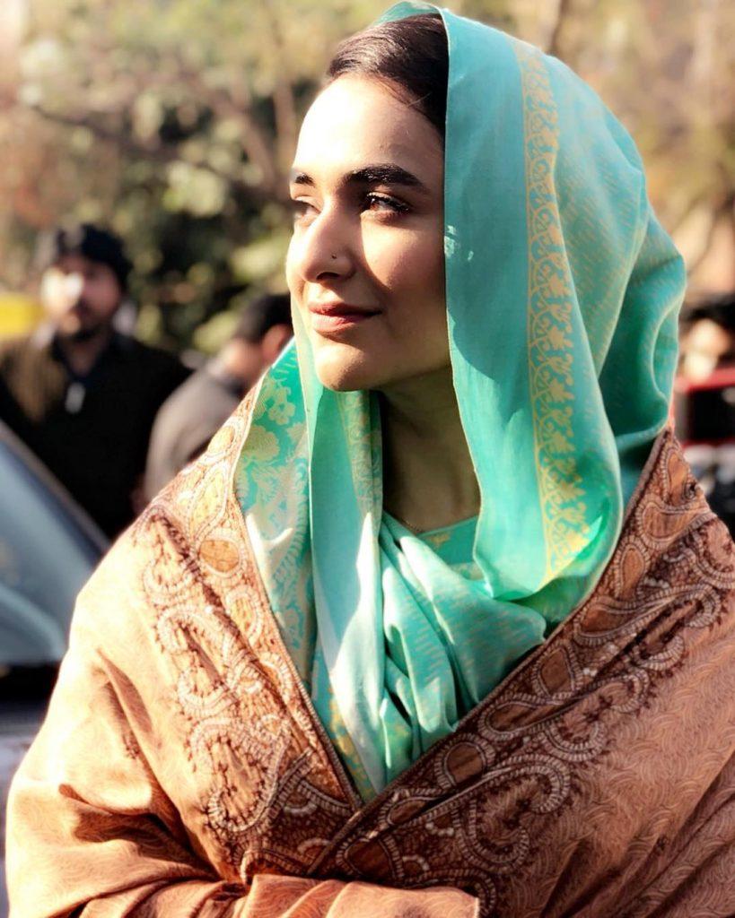 Unseen Pictures of Yumna Zaidi in Dupatta