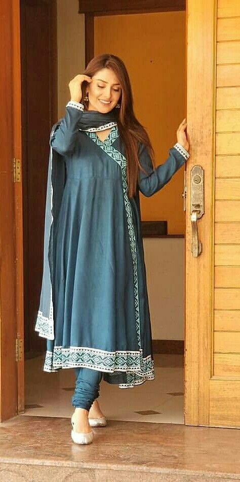 Beautiful Clicks of Ayeza Khan in Graceful Frocks