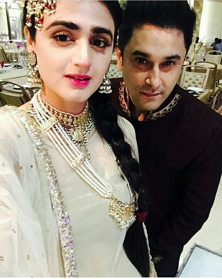 Arts and Entertainment Hira with her husband Mani 11618
