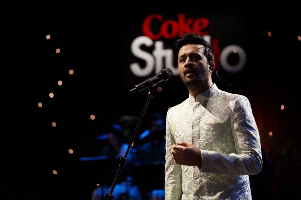 Atif Aslam Sings In Female Voice