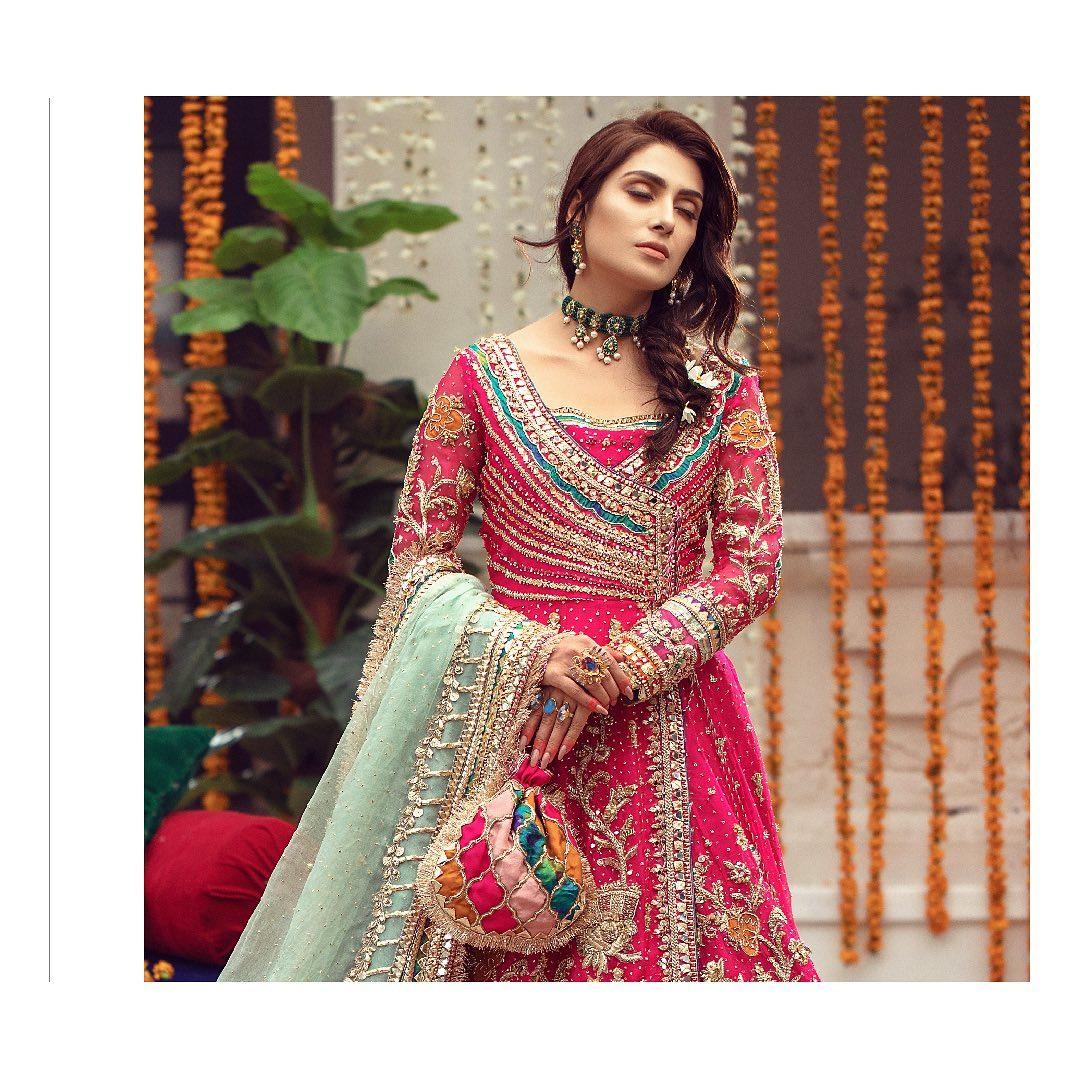 Ayeza Khan Beautiful Latest Bridal Photo Shoot for Warda Qutub Khan