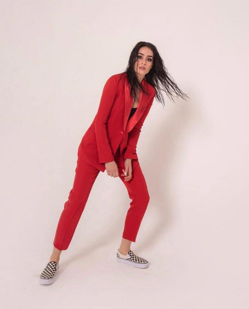 Esra Bilgic Looks Drop Dead Gorgeous In Latest Shoot