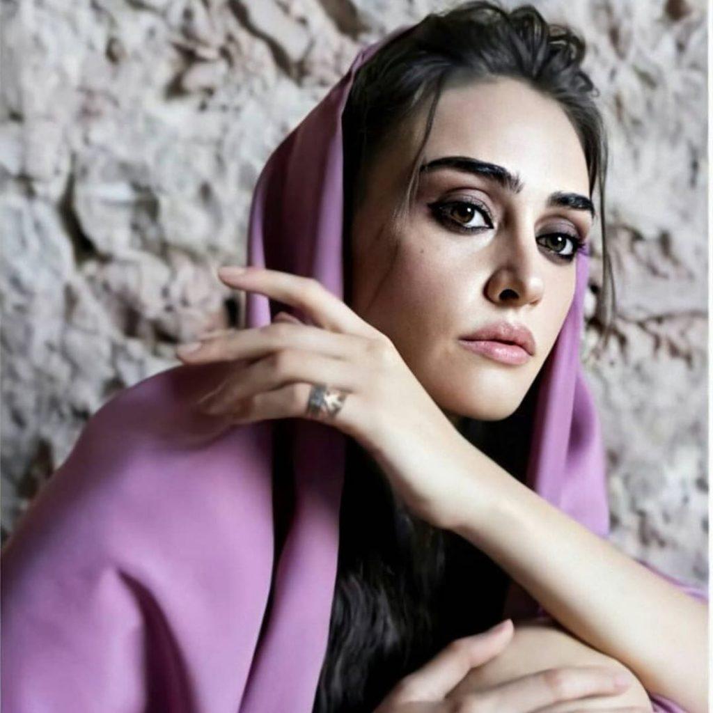 Esra Bilgic aka Halime Sultan Shoots For Q Mobile Ad