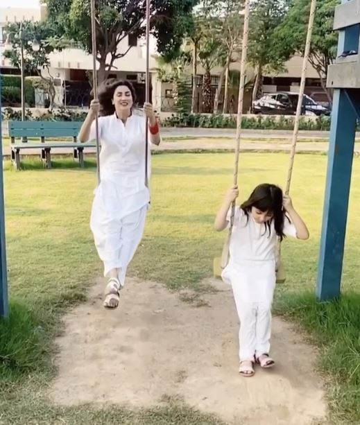 Cute Pictures of Actress Fiza Ali with her Daughter in White Dress