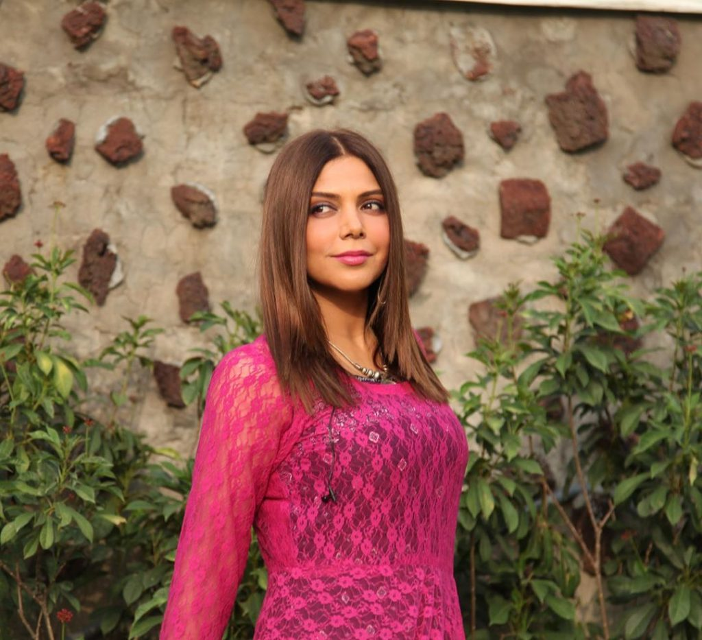 Hadiqa Kianis Tribute To Dirilis Ertugrul In Her Melodious Voice 3