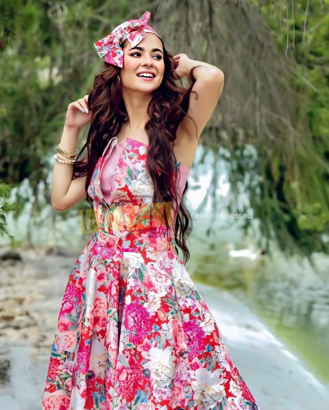 Hania Aamir Latest Beautiful Picture Collection from Instagram