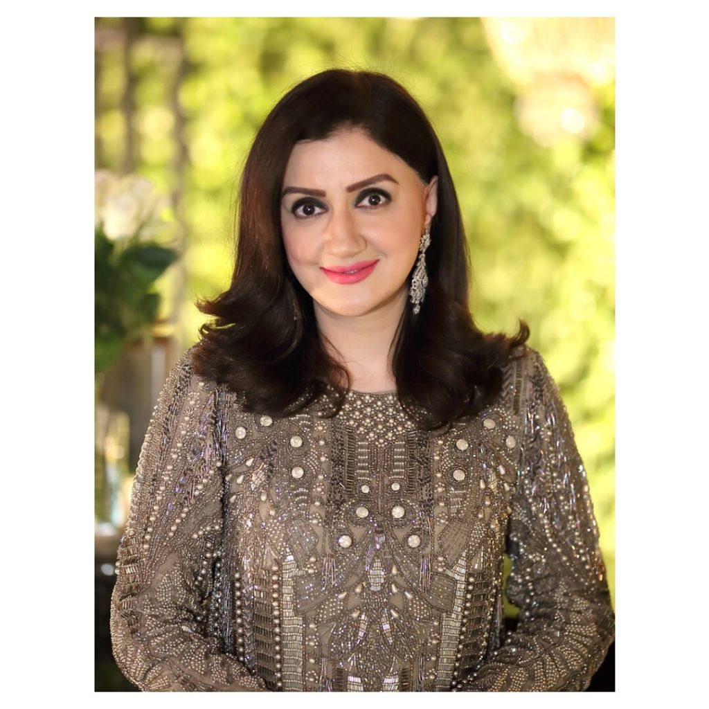 Heres Why Arrest Warrants Are Issued Against Ayesha Sana 5