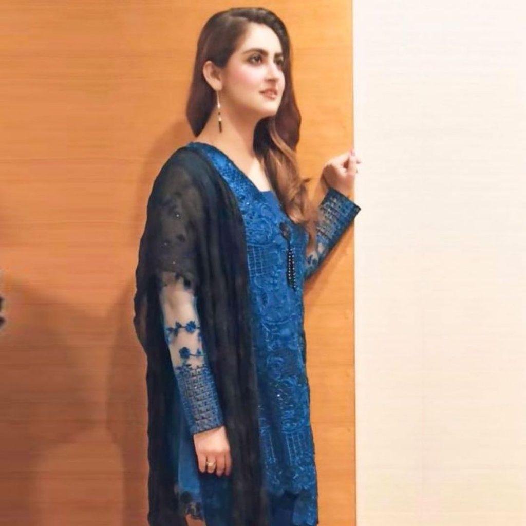 Actresses Hiba Bukhari and Laiba Khan Clicks from the Sets of Drama Tarap