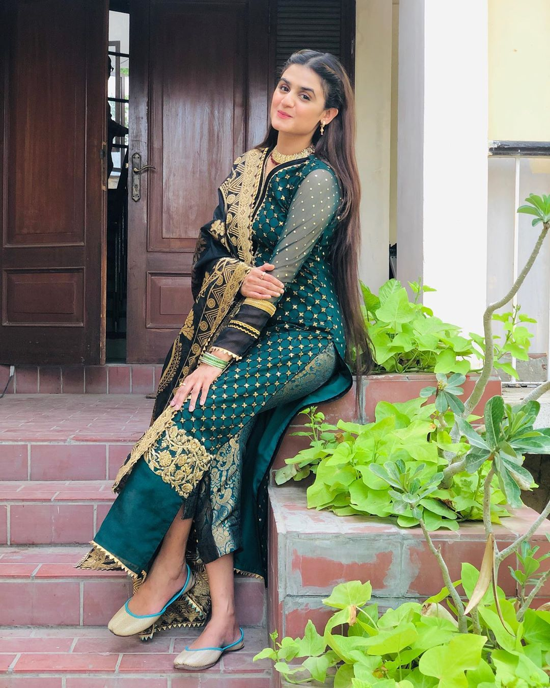 Actress Hira Mani Looking Gorgeous in her Latest Pictures