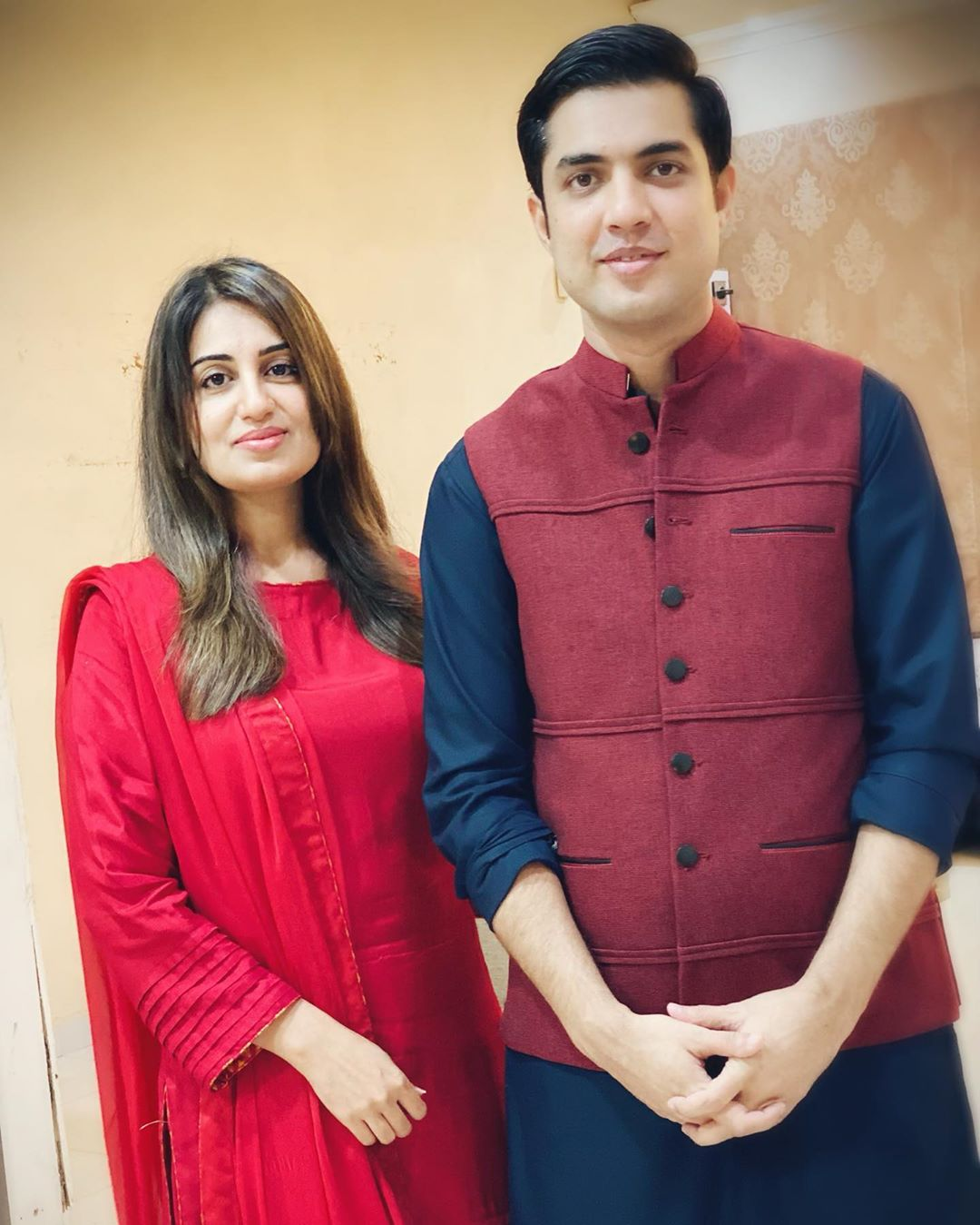 Iqrar ul Hassan Latest Pictures with his Wife Farah Iqrar