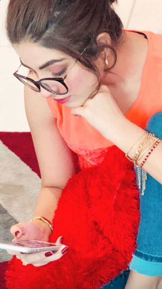 Gorgeous Actress Kinza Hashmi Latest Beautiful Clicks