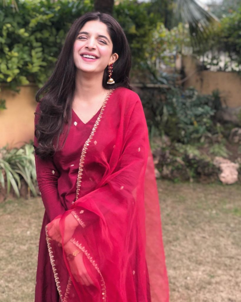 Mawra Hocane Is Okay With Public Harassment And Twitteraties Can't Believe This