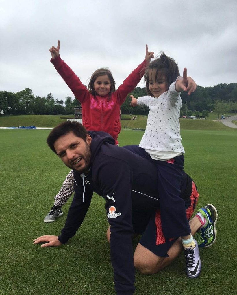 Shahid Afridis Statement About Allowing Daughters For Sports 59