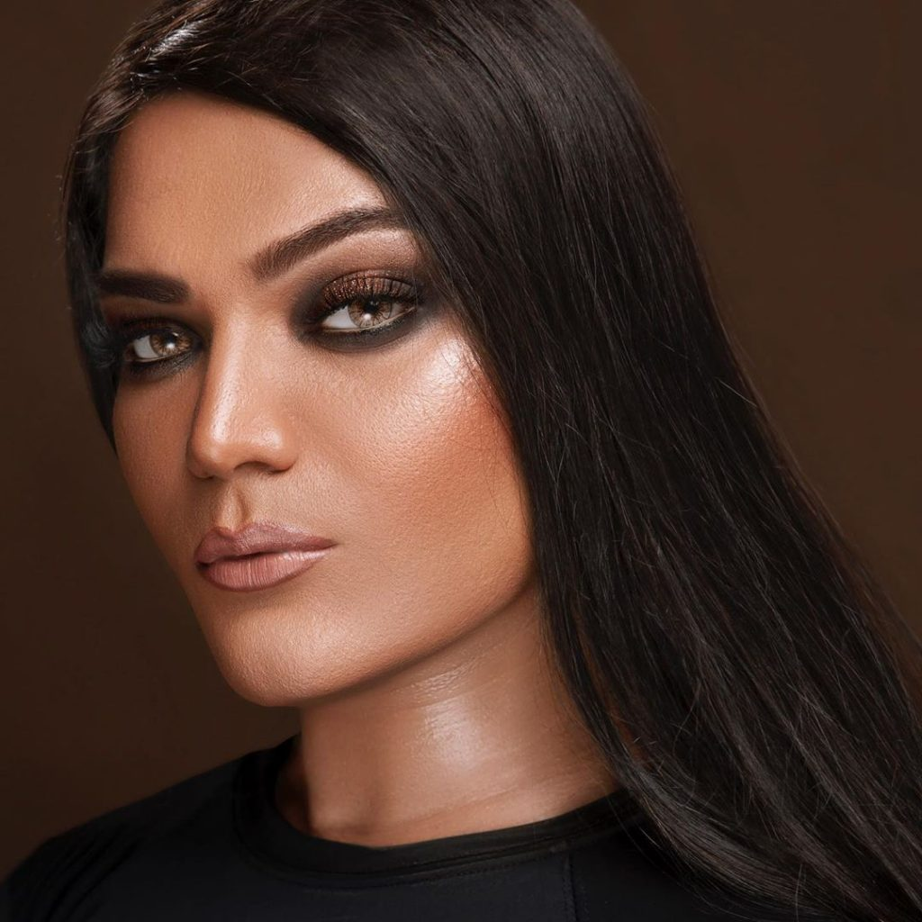 Shoaib Khans Latest Makeup Look Will Surprise You 6