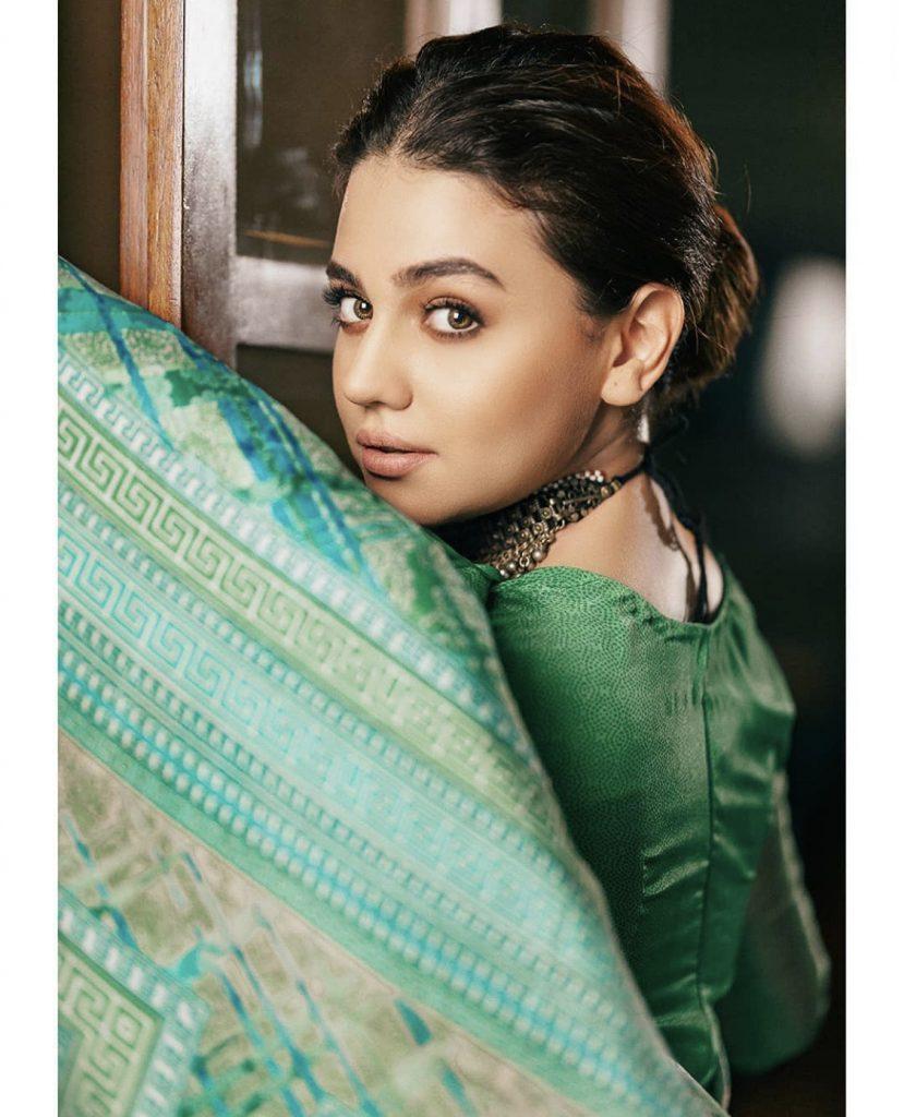 Zara Noor Abbas Latest Pictures In Saree