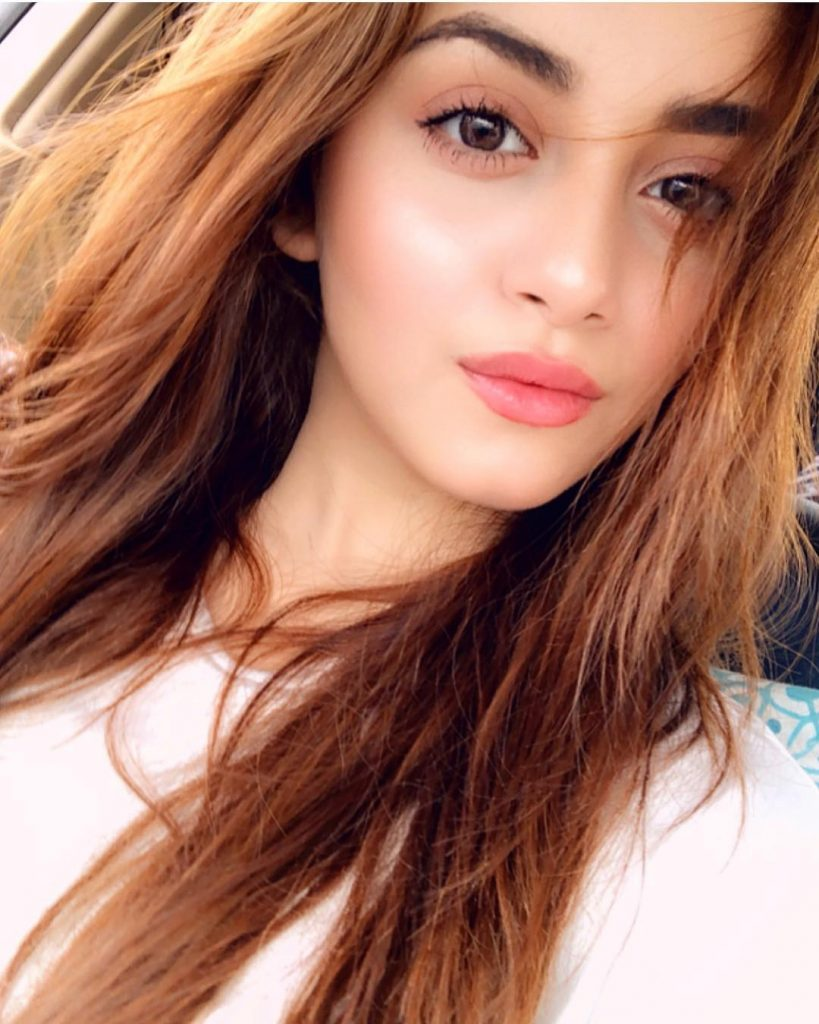 Angelic Eyes of Alizeh Shah – Close Up Pictures