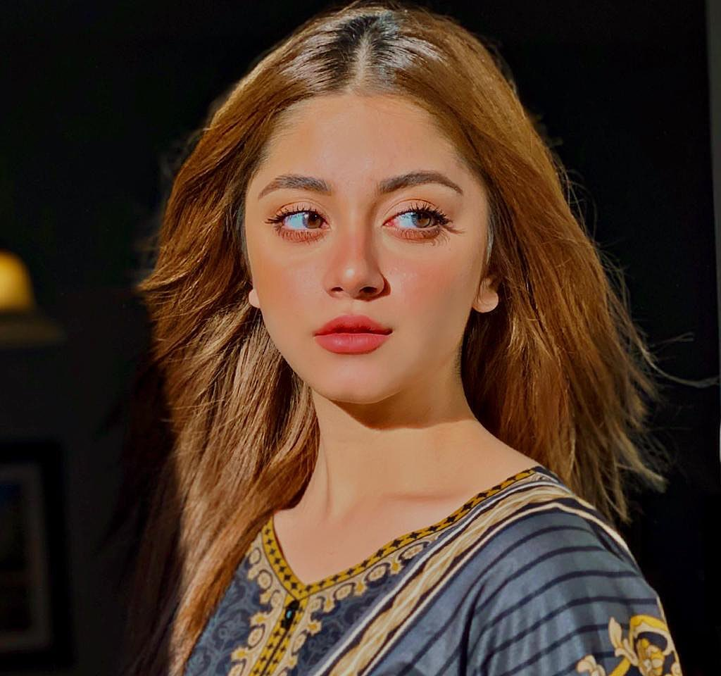 Alizeh Shah Singing Beautifully Will Surprise You