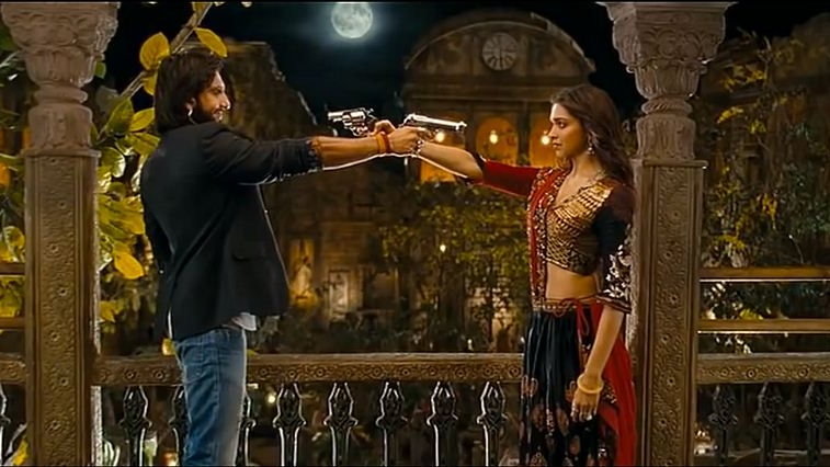 Sonya Hussyn's Latest Getup From Video Song Looks Inspired From Ram Leela's Deepika