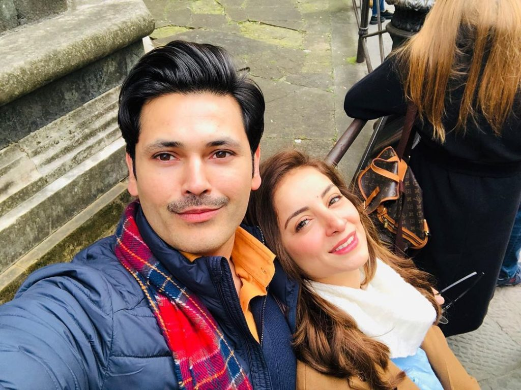 Lovely Pictures of Fahad Mirza with His Family